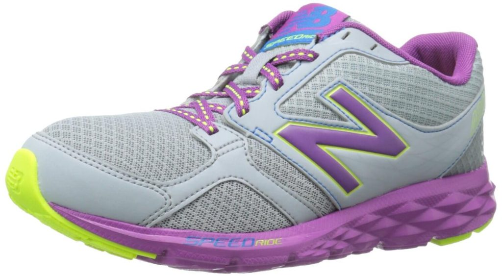 4. New Balance Women's W490v3 Running Shoe